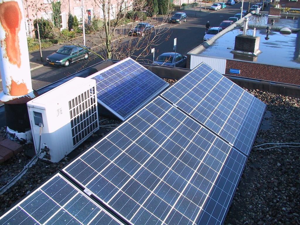 Zonnepanelen in de schaduw zonne energie olino - Van schaduw dak ...