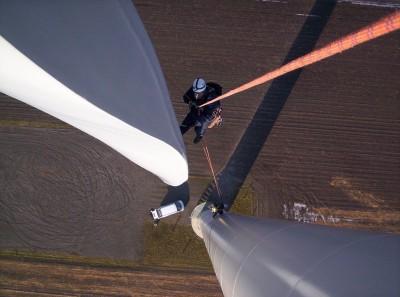 Controle van een rotorblad