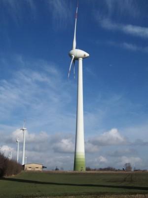 Enercon E-112 windturbines in Egeln (Duitsland) met ieder 4,5 MW nominaal vermogen