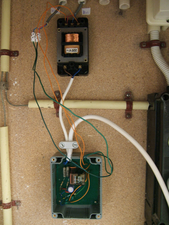 Bel Aansluiten Transformator.De Standaard Deurbel En Zijn Verspilling Energiebesparing