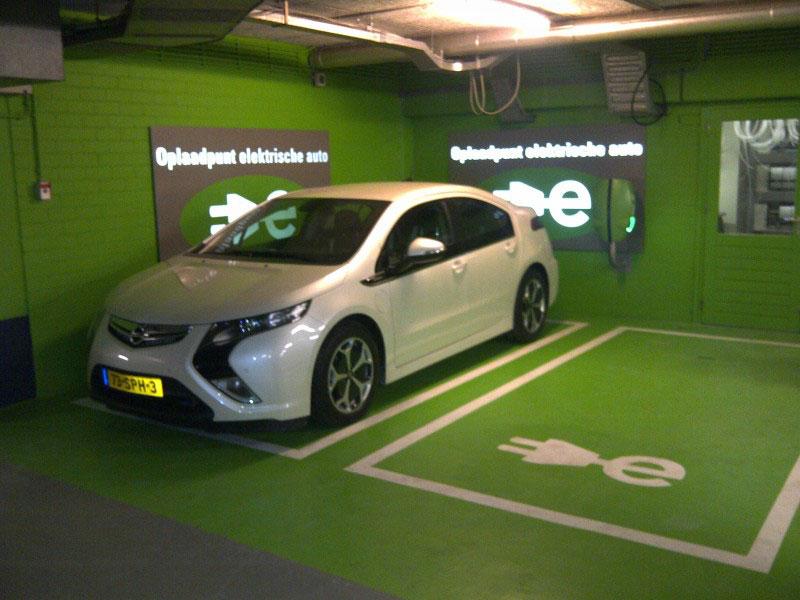 Proefrit Met Een Plug In Hybride Opel Ampera Transport Olino