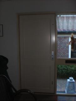 Voorkeur De voordeur is een gemakkelijke weg naar buiten, ook voor warmte ZT18