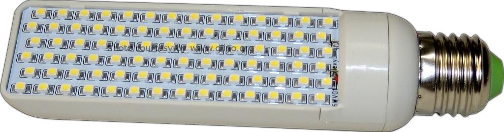 DealExtreme - SKU35829, E27 1210 6W 84-LED 588-Lumen 6500K Light Bulb