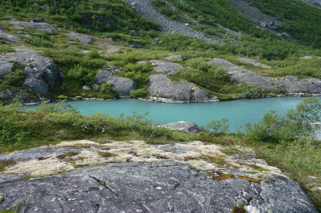 Sunndalen - azuurblauw gletsjermeer