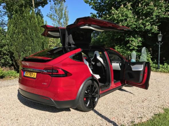 Achterzijde Tesla model X